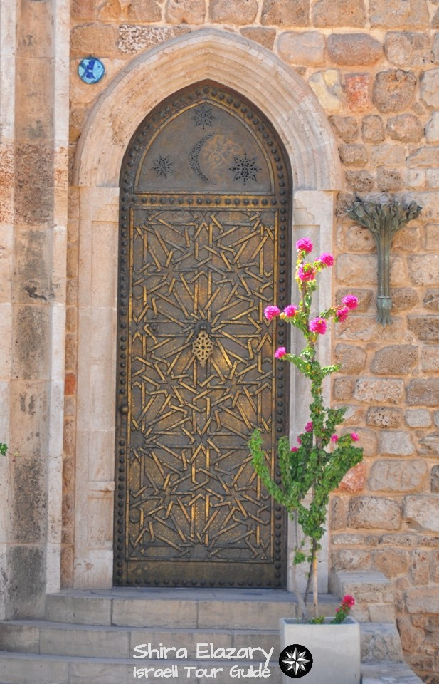 An ornate brass door in Old Jaffa on a Tel Aviv private tour